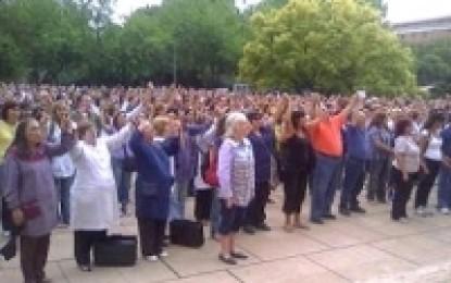 Noticias – Docentes levantaron el paro en Mendoza