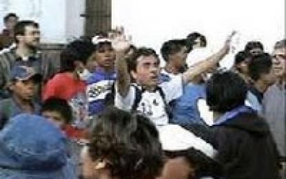 Gobierno presenta denuncia penal contra racistas que vejaron a campesinos