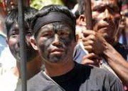 Tregua tensa y expectante en conflicto indígena en Perú