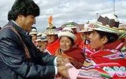 Sectores sociales ratifican apoyo a Evo Morales