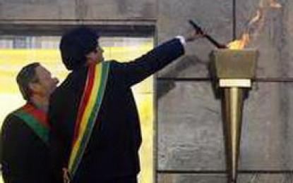 Morales anuncia celebración del bicentenario boliviano con  presidentes, fuerzas armadas e indígenas de América