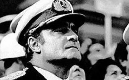 """Comenzó en Italia el juicio """"en ausencia"""" contra Massera por la muerte de tres italianos"""