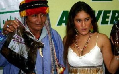 Pueblo achuar del Perú sufre contaminación petrolera producida por compañía argentina PlusPetrol