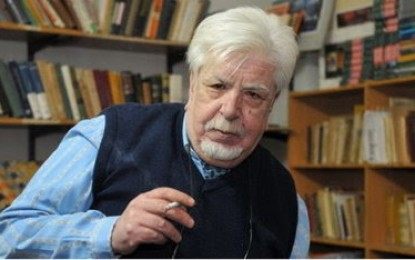 Carlos Levy, poeta y guarda de antiguos libros-joyas
