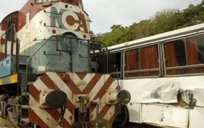 Trenes, subtes y camiones, vehículos de la lucha política