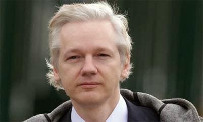 Assange insta a Unasur a crear sus propios buscadores y redes sociales para evitar espionaje