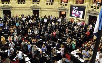 """Críticas al Pro por abstenerse a votar proyecto para investigar """"complicidades económicas"""" con la dictadura"""