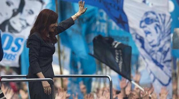 Pánico macrista a Cristina candidata, también en el pejotismo local