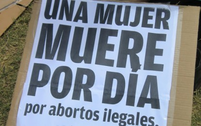 Aborto legal, seguro y gratuito: un debate pendiente