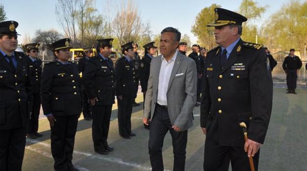 Pese a las críticas internacionales, Cornejo defiende su política de mano dura en Mendoza