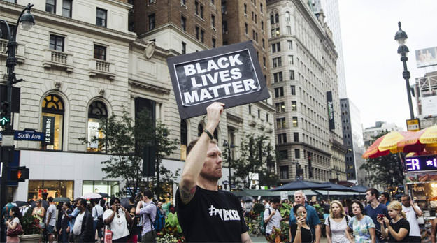 Escalada de racismo se desata en Estados Unidos