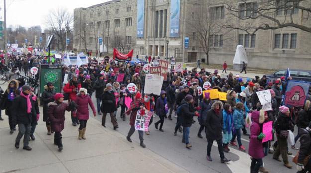 Milagro Sala en marcha de mujeres en Toronto