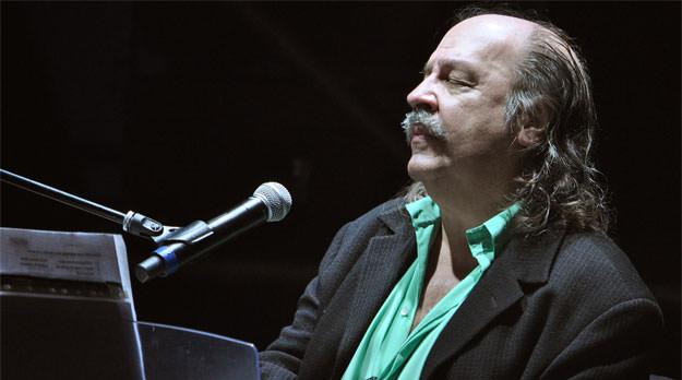 Litto Nebbia estará en la apertura de la Feria del Libro de Mendoza