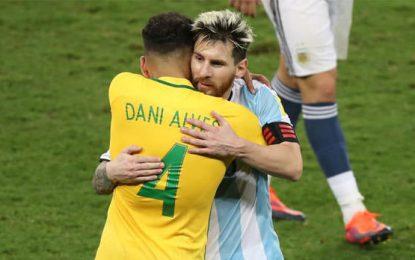 """Con elogios para Messi, Dani Alves publicó una emotiva y extensa carta: """"El Secreto"""""""