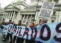 Los jubilados siguen reclamando frente al Congreso