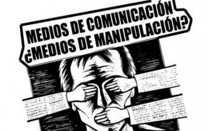 La economía y la política en la manipulación mediática