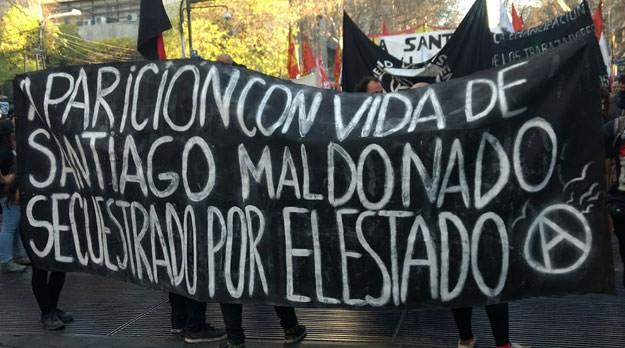 Miles de personas marcharon en Mendoza por Santiago Maldonado