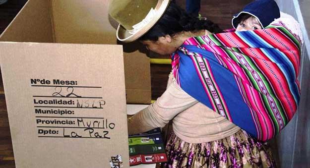 """La CSUTCB trabaja """"para que Morales sea nuevamente presidente constitucional"""""""