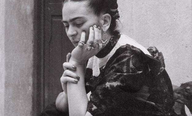Lola retrata a Frida