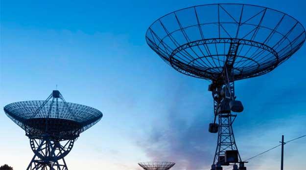 La regulación de las grandes empresas de telecomunicaciones resulta justa e indispensable para el desarrollo con equidad