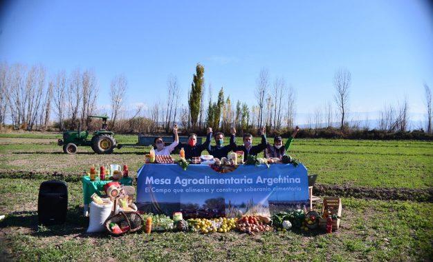 El otro campo presentó un nuevo espacio del ámbito rural y productivo: la mesa agroalimentaria argentina
